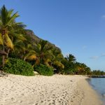 Strand am Fuß des Le Morne auf Mauritius