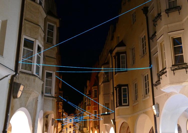 Lichtinstallation in Brixens Lauben