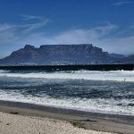 Tafelberg in Kapstadt vom Bloubergstrand aus gesehen