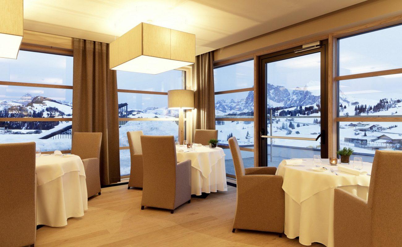 Restaurant mit Blick auf die Berge Südtirols