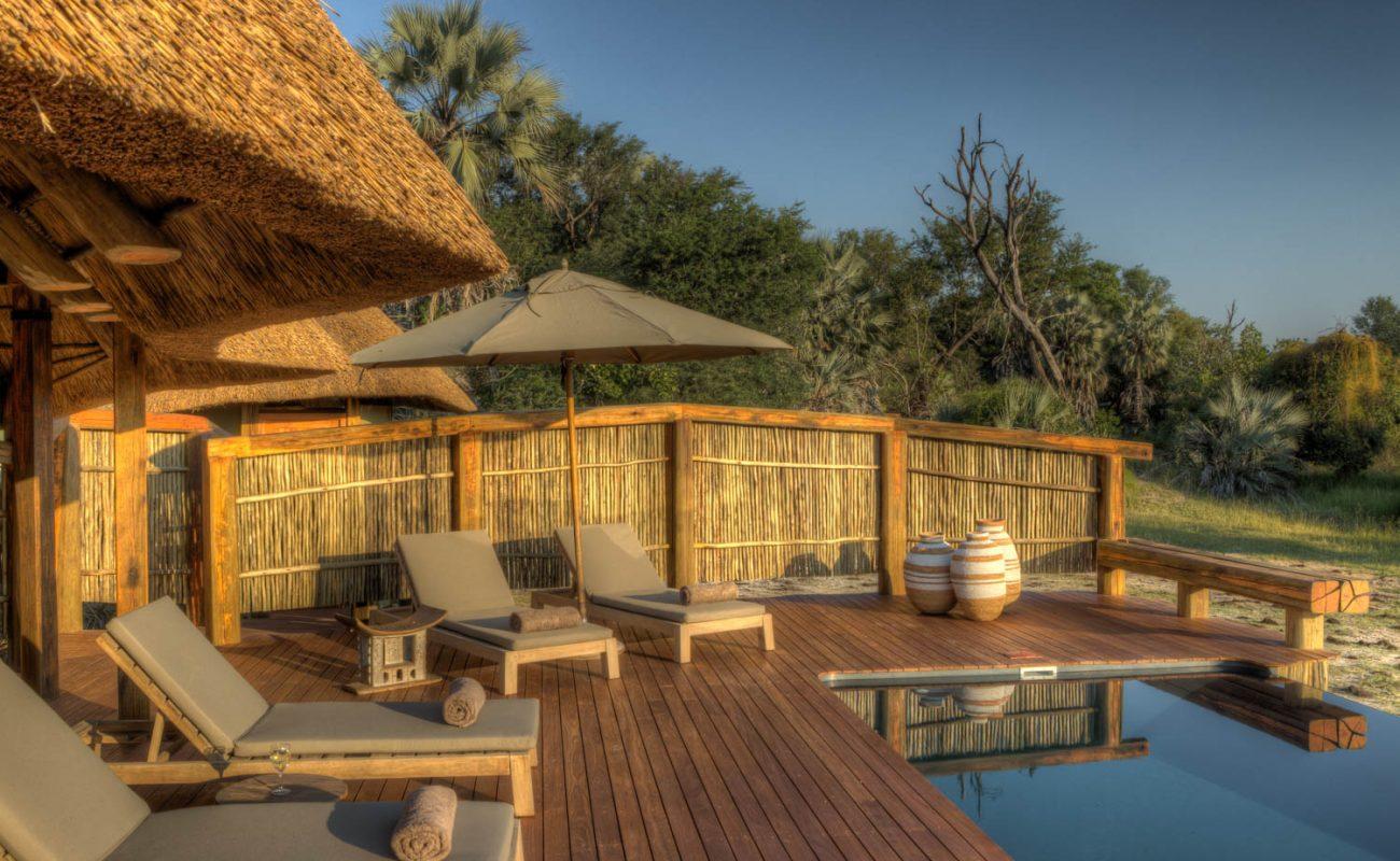Der Pool im Luxuscamp von Desert & Delta