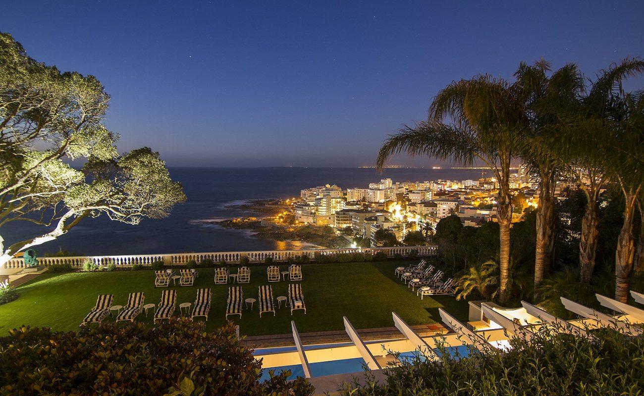 Blick auf Camps Bay vom Boutiquehotel aus