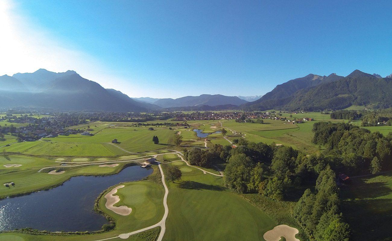 Buchen Sie das Golfhotel Achental bei Ihrem Münchner Reiseveranstalter Genuss Touren
