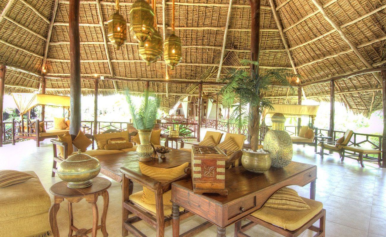 Orientalische Elemente in der Lounge des Breezes