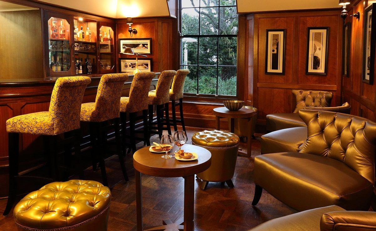 Montagu Bar im Manor House