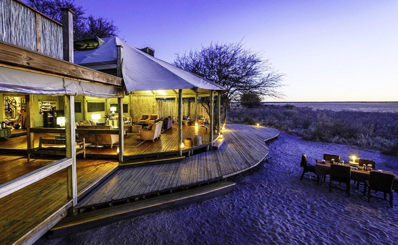 Haupthaus von Kalahari Plains