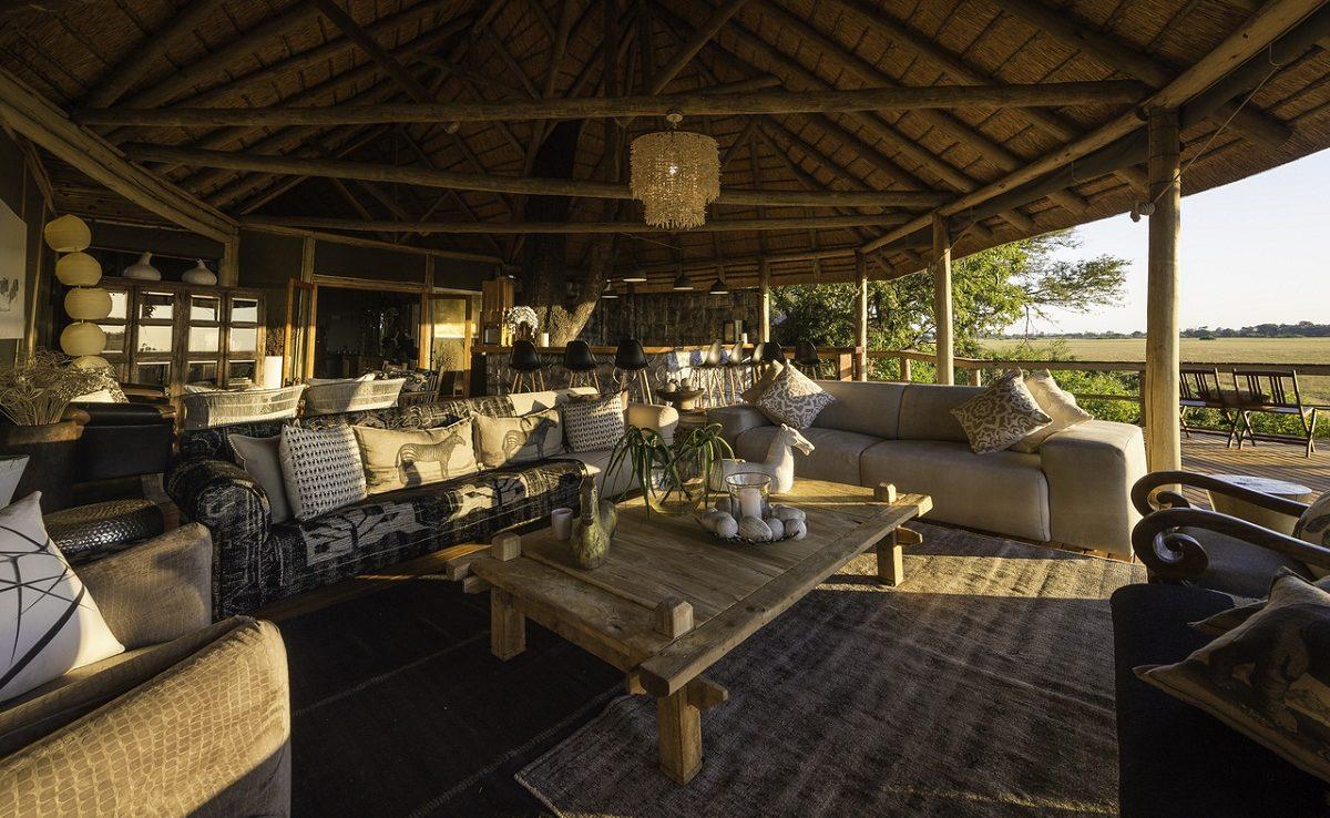 Die Lounge von Kwetsani ist typisch für ein Wilderness Classic Camp