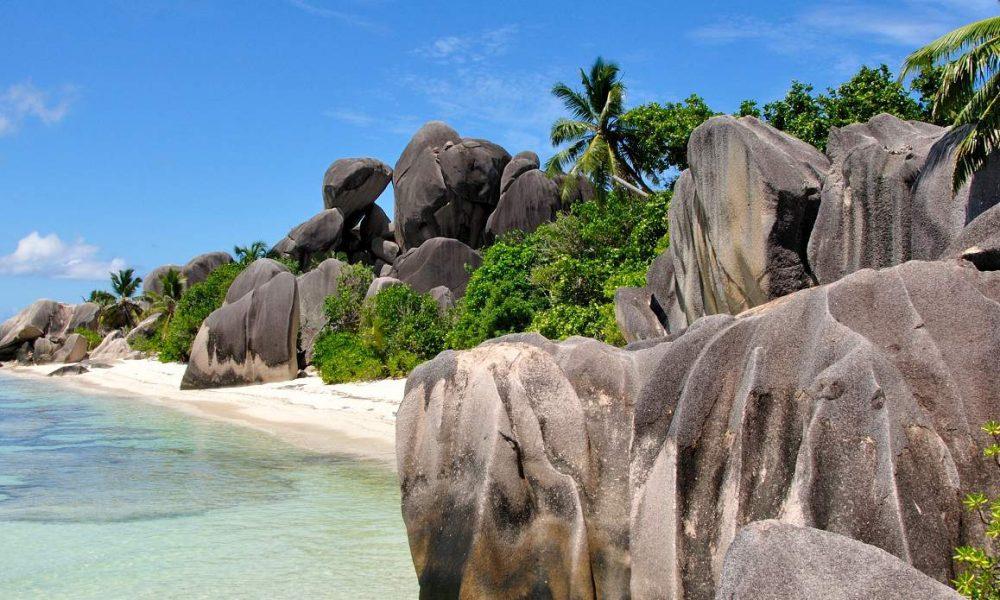 Reisen Sie nach La Digue mit Seychellen Spezialist Genuss Touren