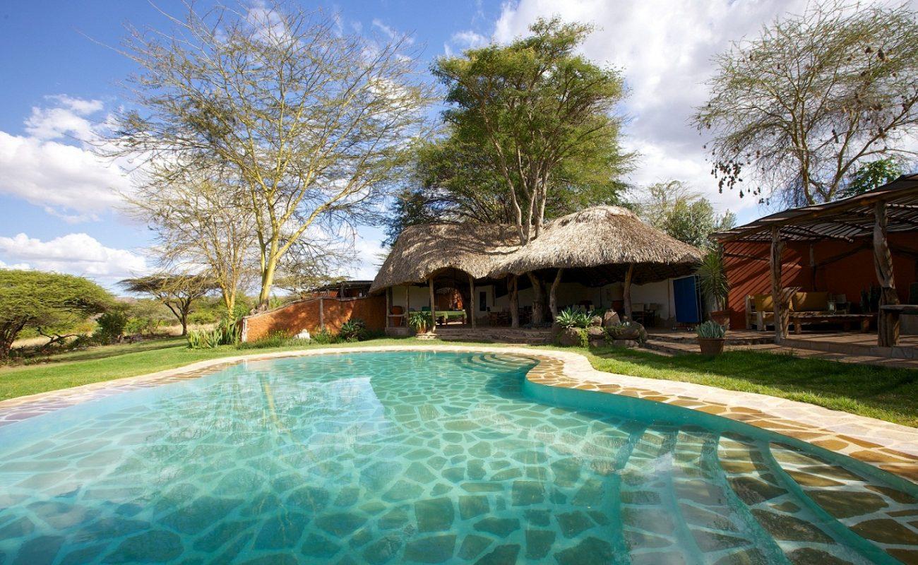 Ein Pool für heißen Nachmittagsstunden in Kenia im Lewa Camp