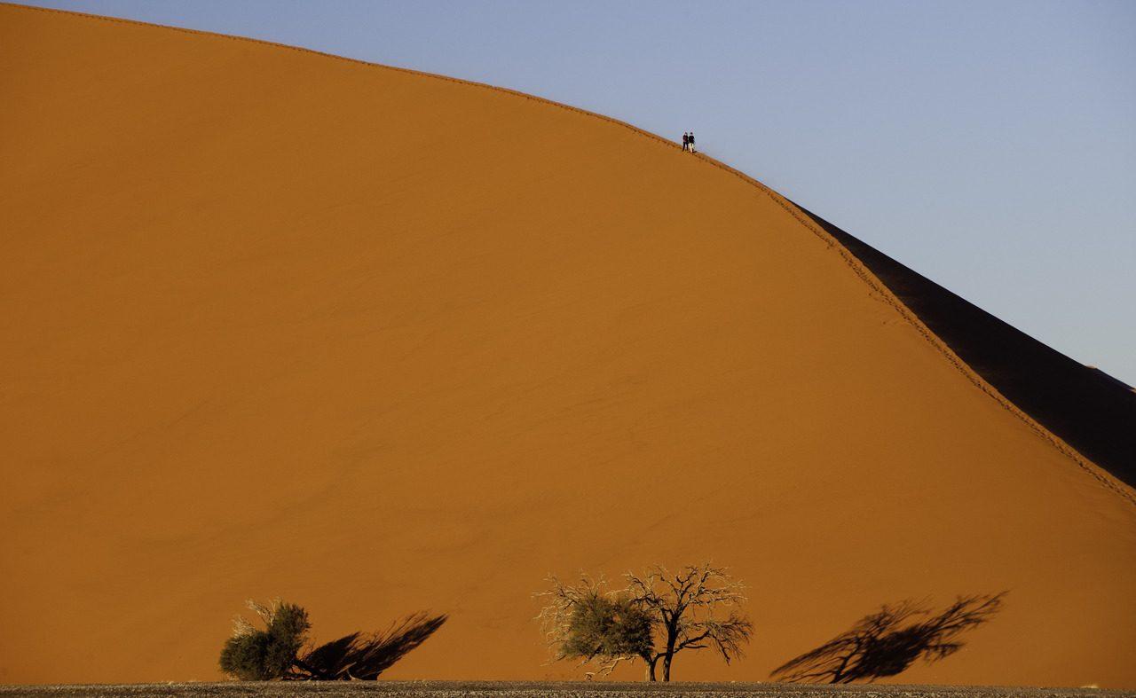 Sossusvlei darf bei einer Mietwagenrundreise in Namibia nicht fehlen