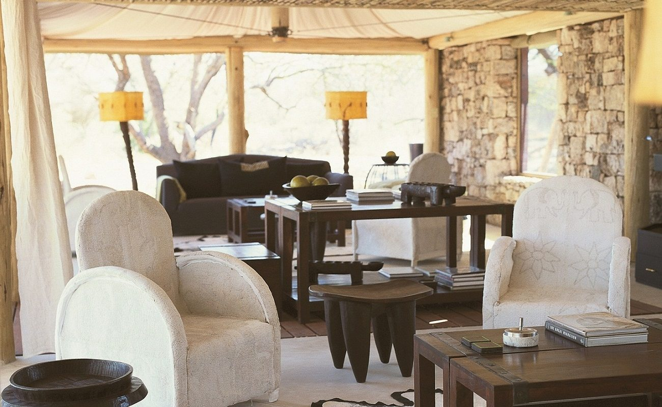 Lounge des Onguma Tented Camps