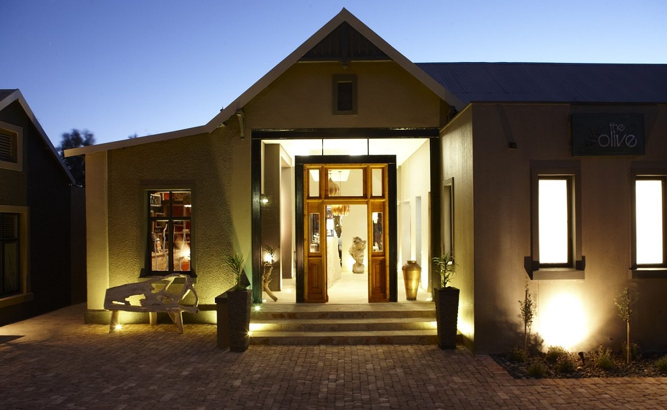 Eingang zum kleinen Boutiquehotel The Olive Exclusive in Windhoek