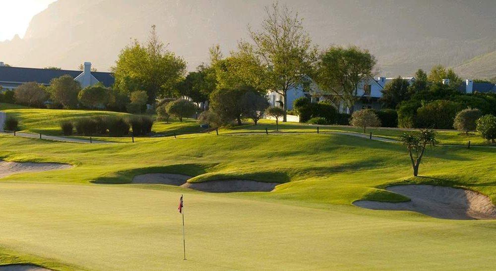Golfhotels und Rundreisen in den Winelands von Südafrika