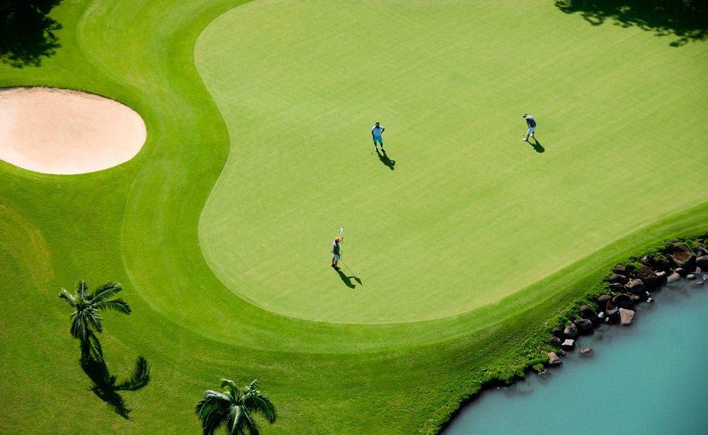 Gepflegte Grüns auf dem Golfplatz des Heritage Le Telfair