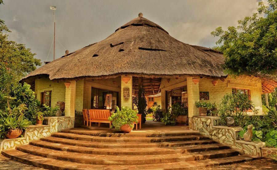 Rezeption der Musangabo Lodge in den Eastern Highlands von Simbabwe