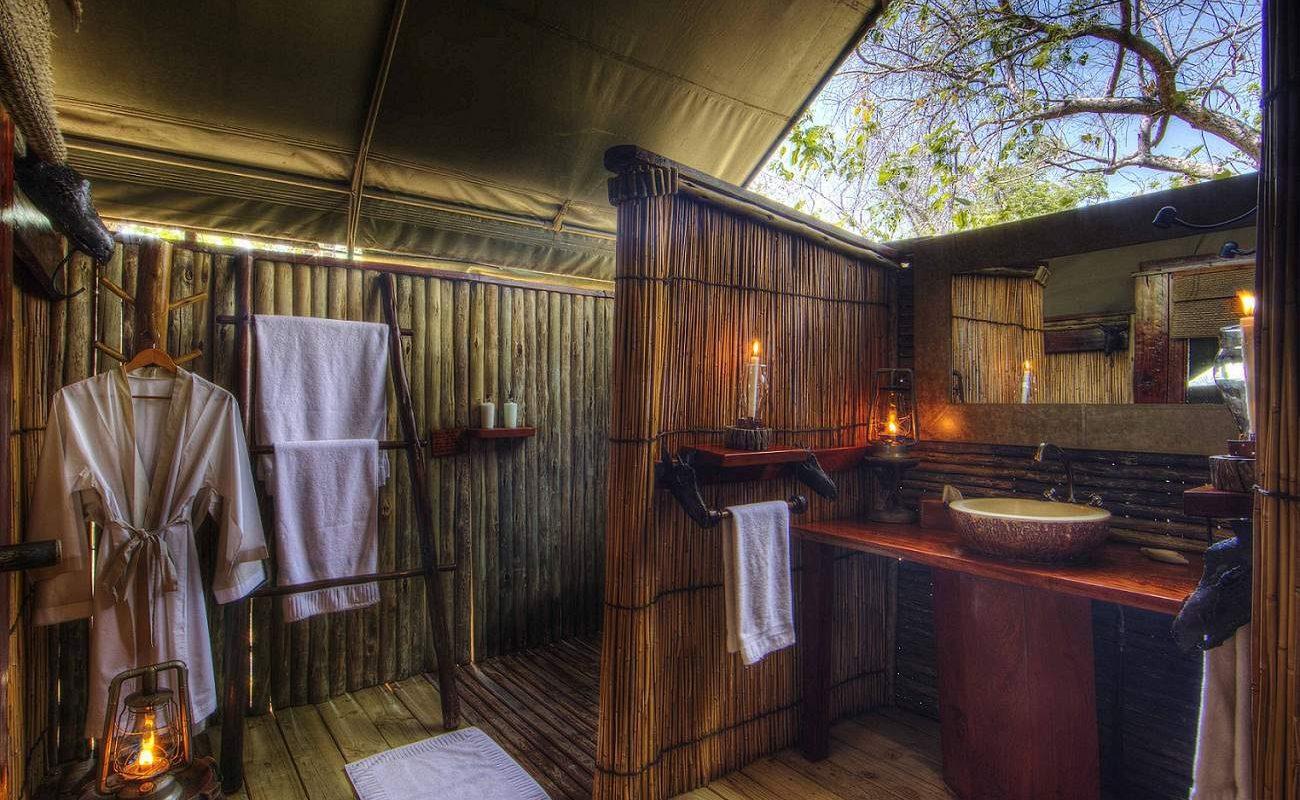 Badezimmer des Camps von Desert & Delta