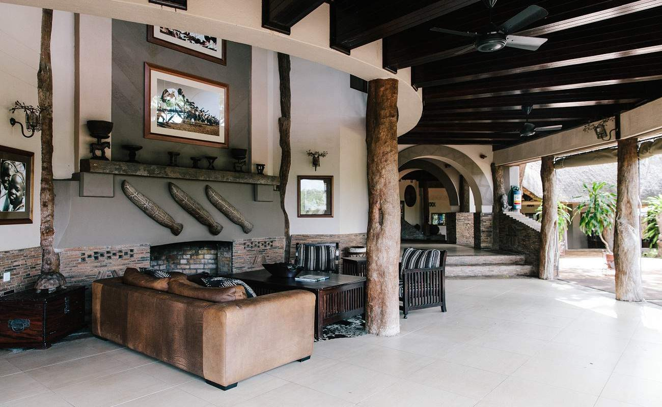 Lounge der Chilo Gorge Safari Lodge