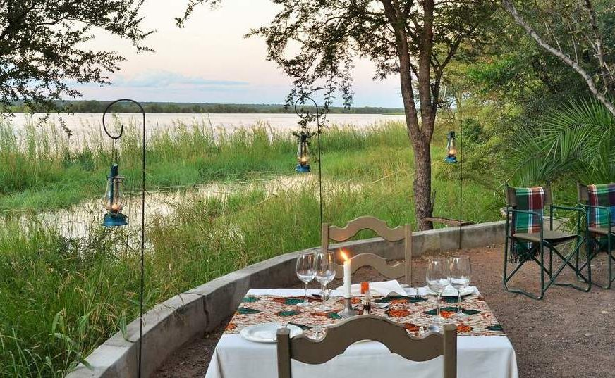 Boma mit Blick auf den Chobe River