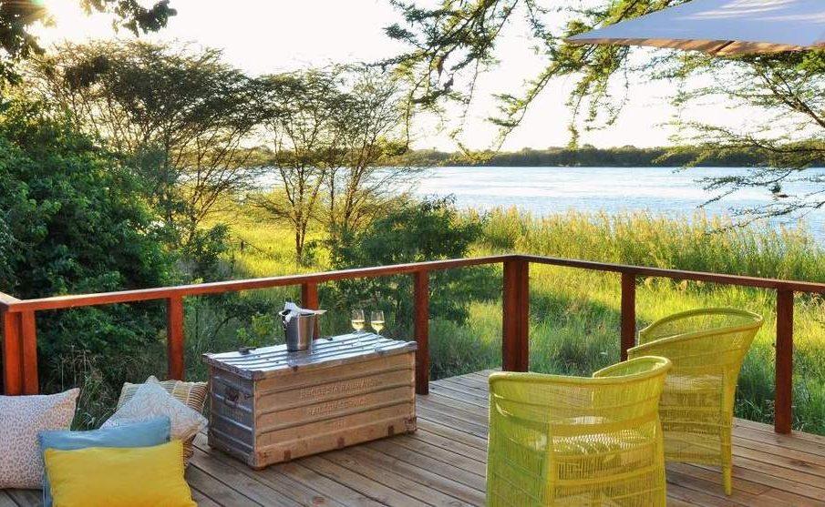 Veranda des Honeymoon Chalets mit Blick auf den Chobe