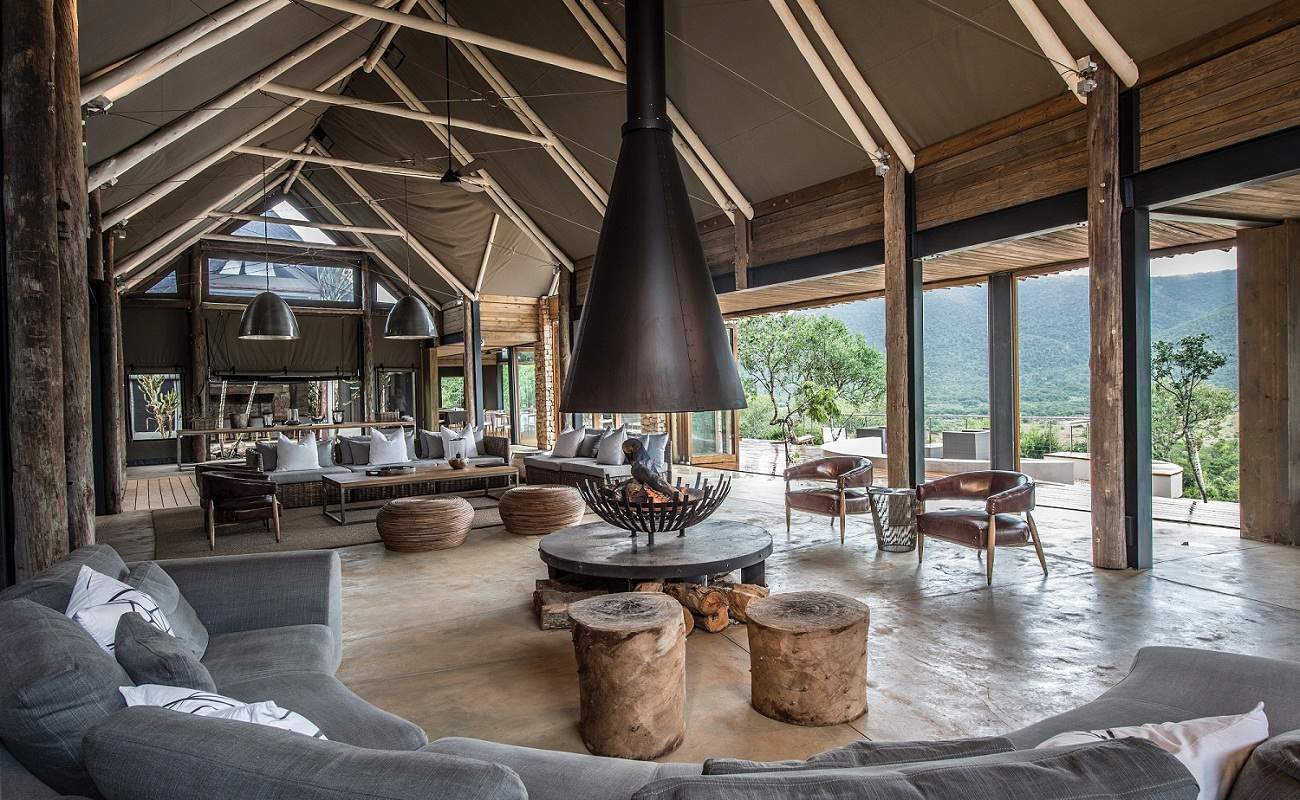 Die Lounge der Luxuslodge im Kariega Game Reserve
