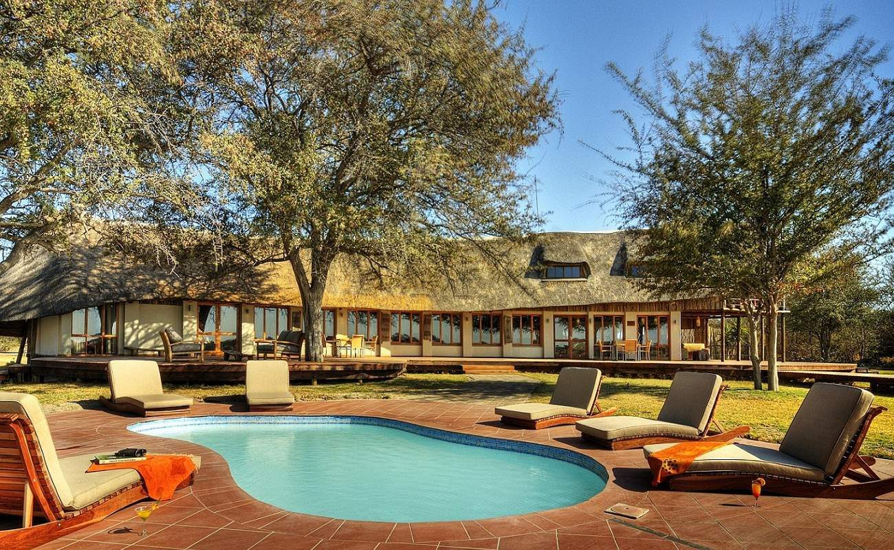 Für heiße Nachmittage in Botswana ein erfrischender Pool