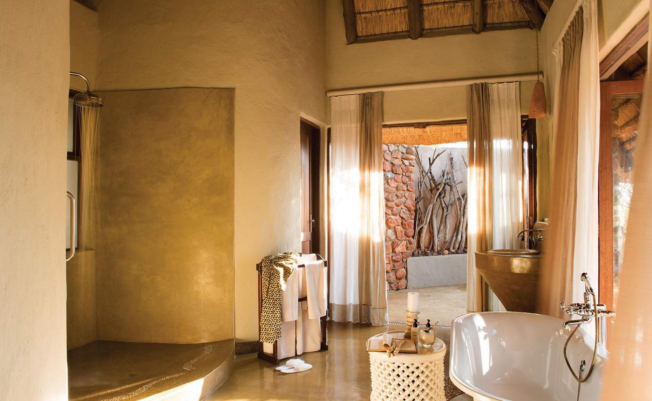 Bad einer Suite in Madikwe Hills