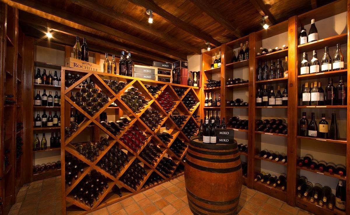 Weinkeller von Mont Rochelle
