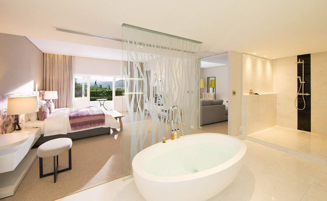 Badezimmer eines Pinotage Zimmers