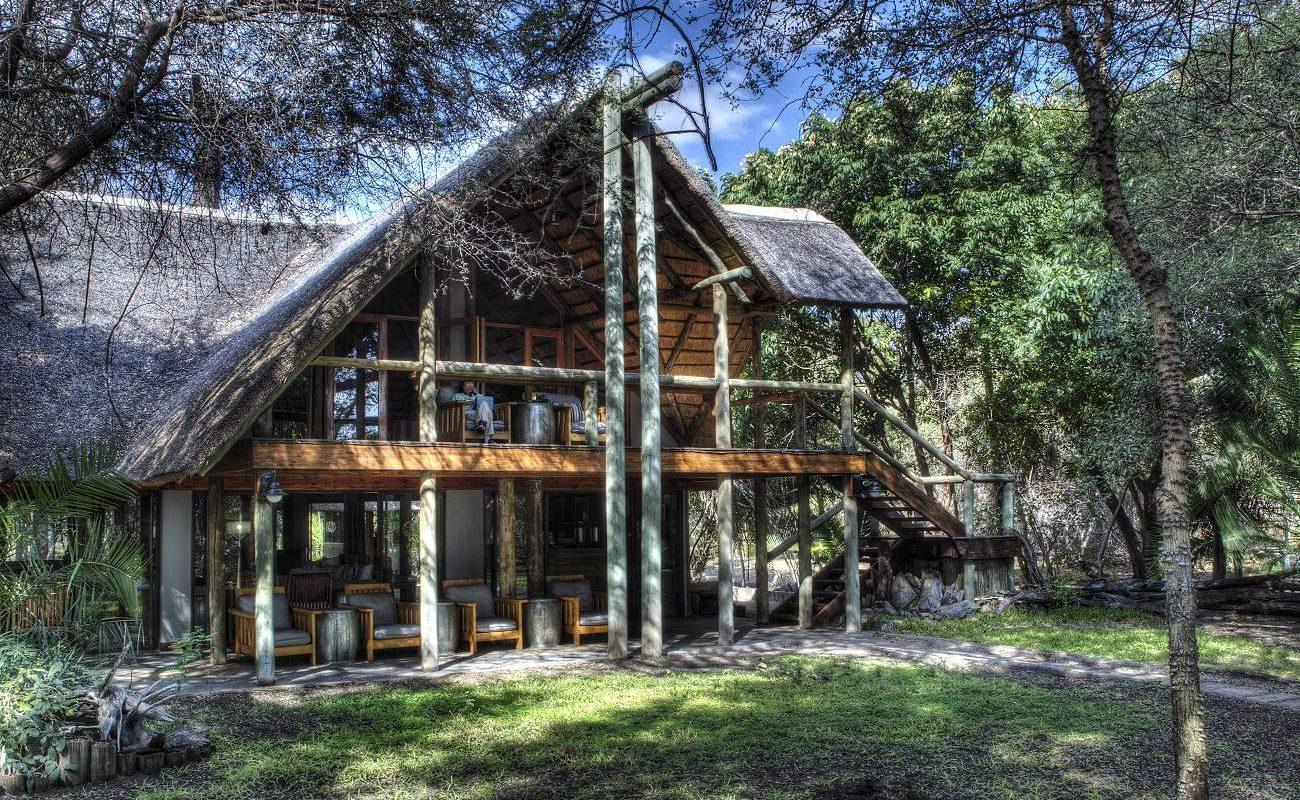 Haupthaus der Savute Safari Lodge