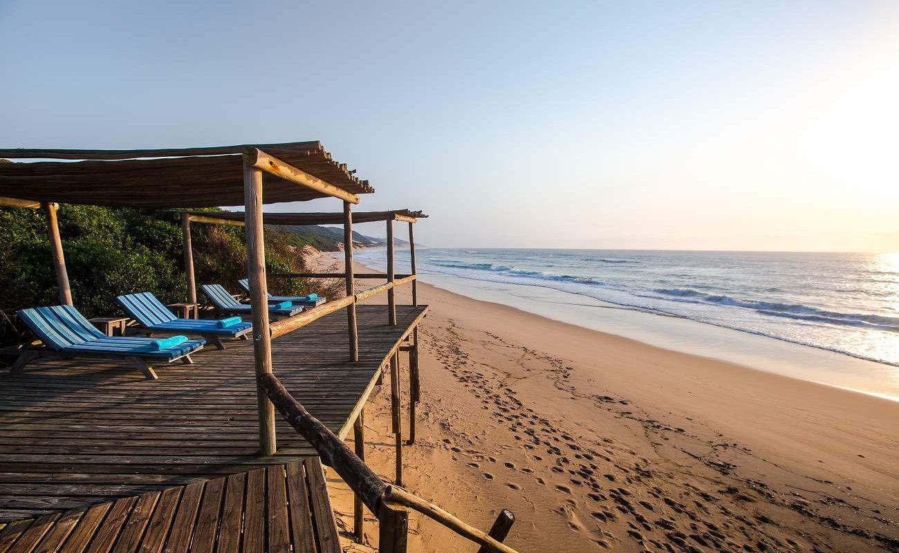 Beach Deck an der Küste von KwaZulu Natal