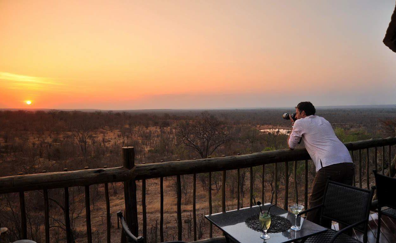 Blick auf den Nationalpark vom Viictoria Falls Safari Club aus