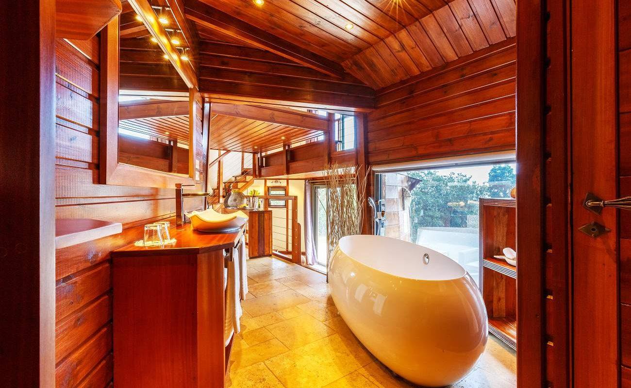 Badzimmer der Honeymoon Suite