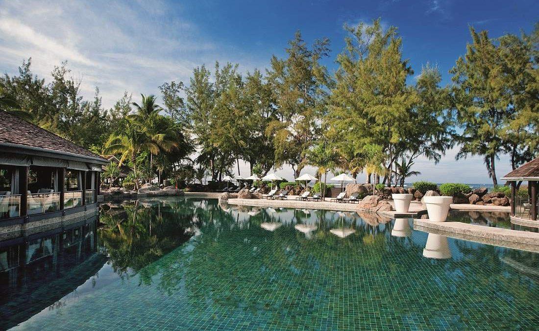 Der Pool des Luxushotels LUX* La Réunion