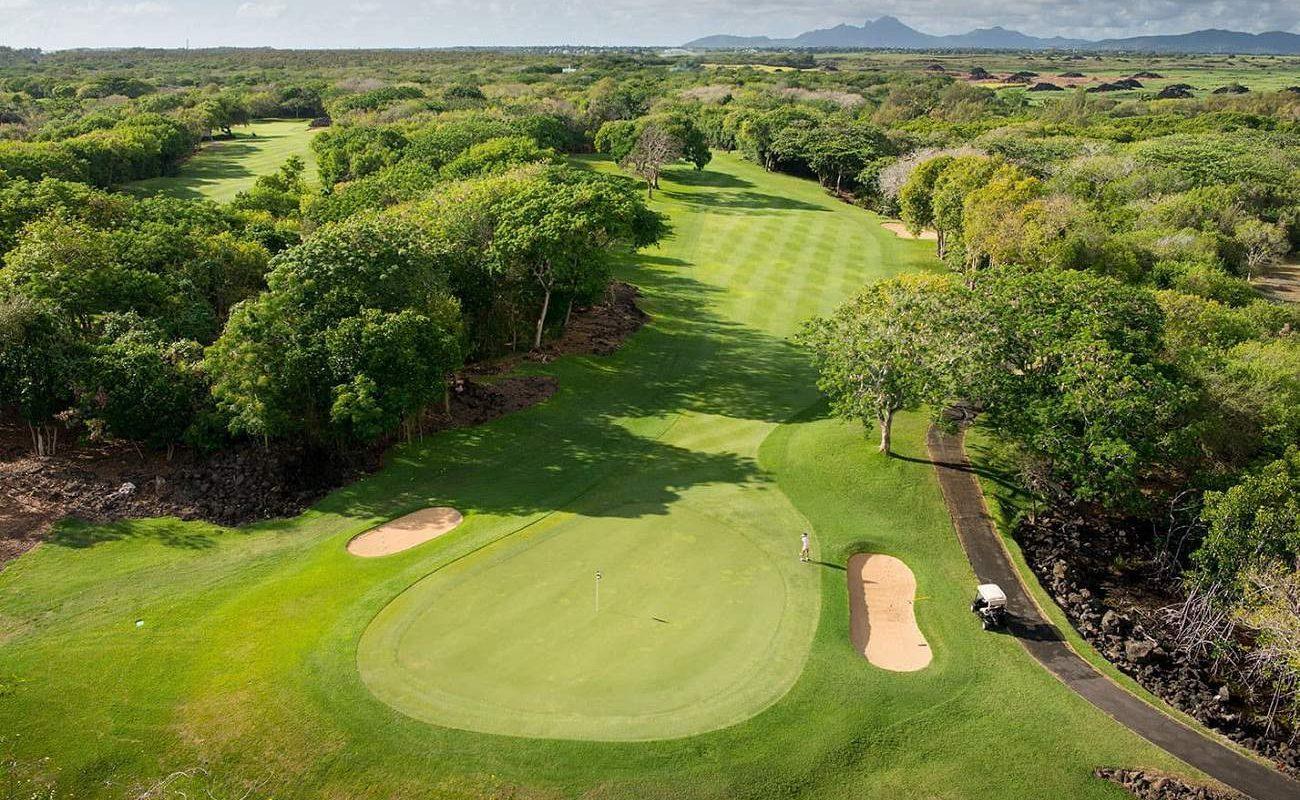 Golfplatz The Links mit vielen Wasserhindernissen