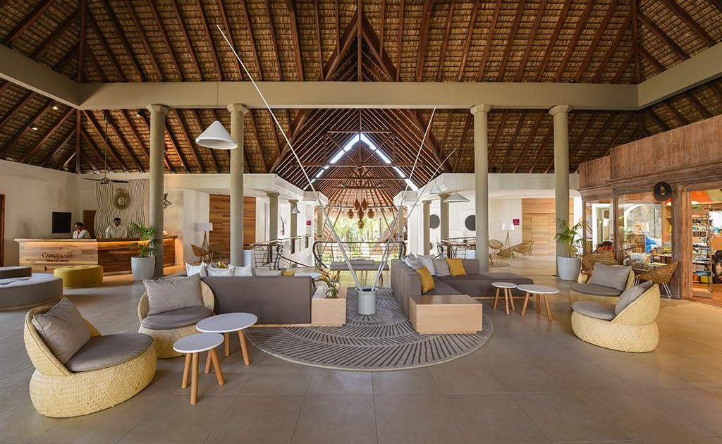 Lobby des Beachcomber Canonnier Golf Resort & Spa
