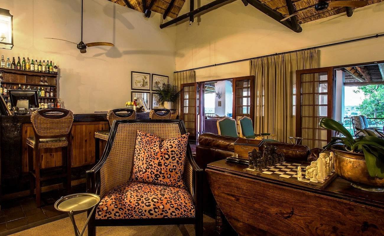 Bar der Buhala Lodge