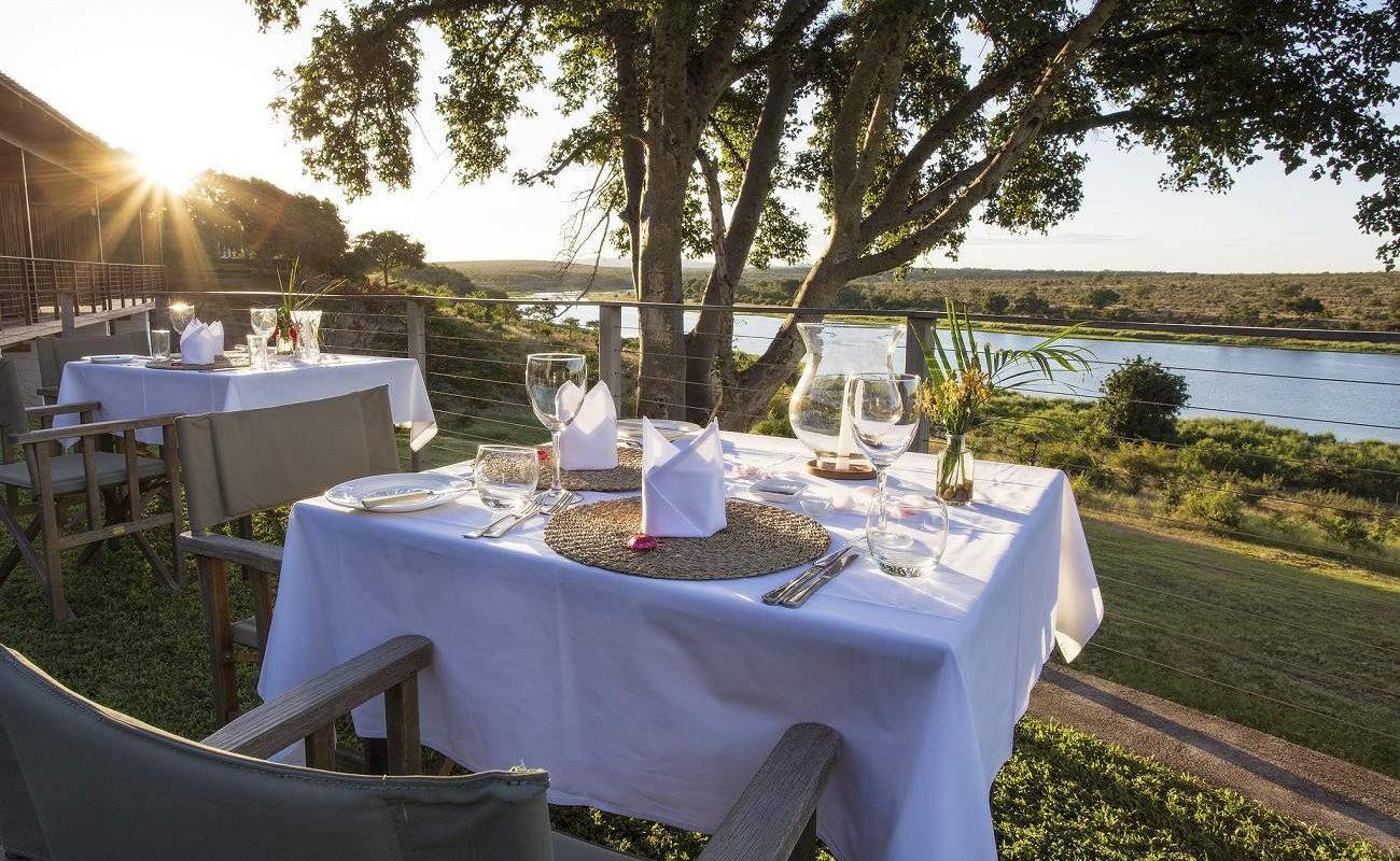 Abendessen mit Blick auf den Krüger Nationalpark