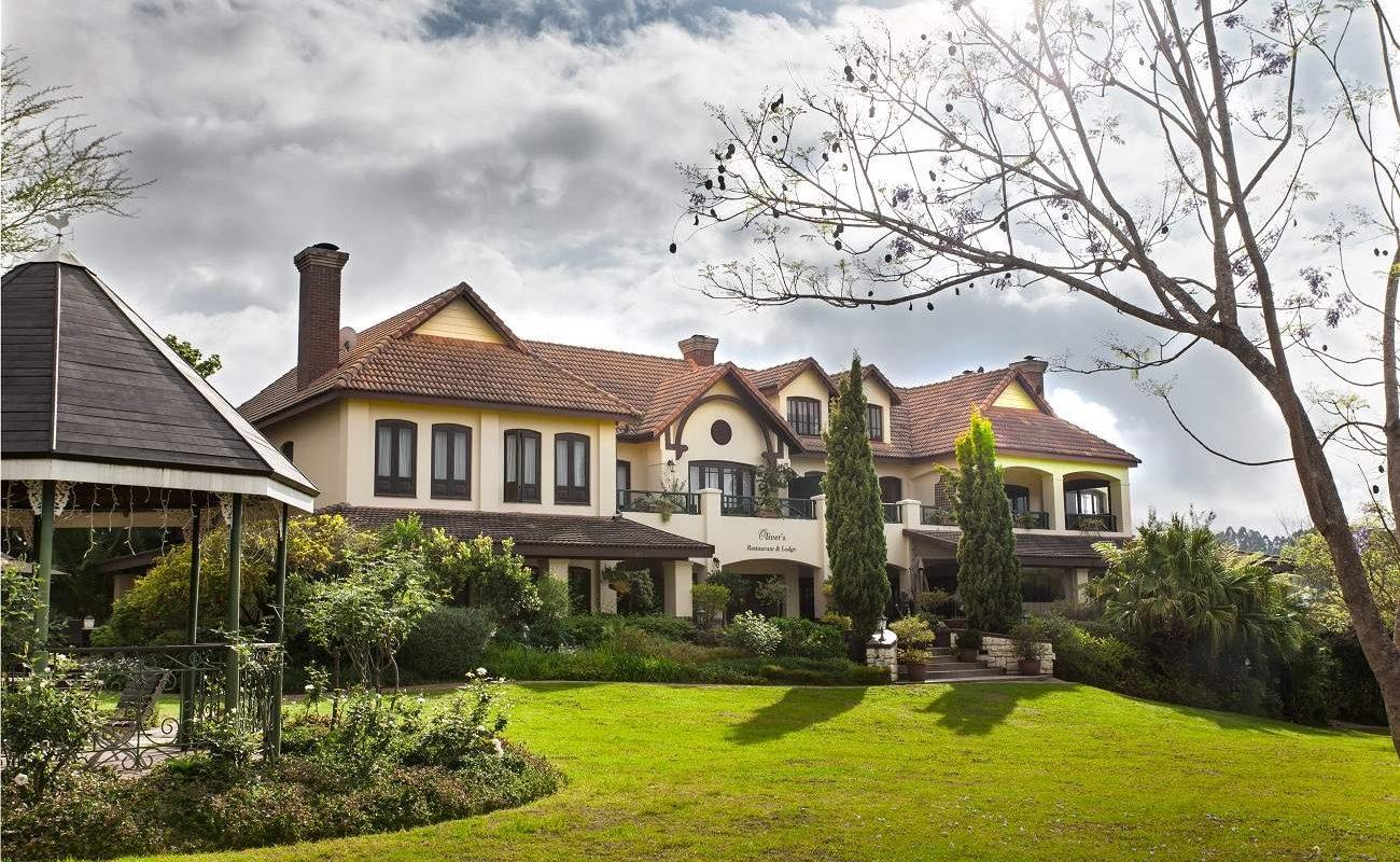 Haupthaus von Oliver's Restaurant & Lodge an der Panoramaroute