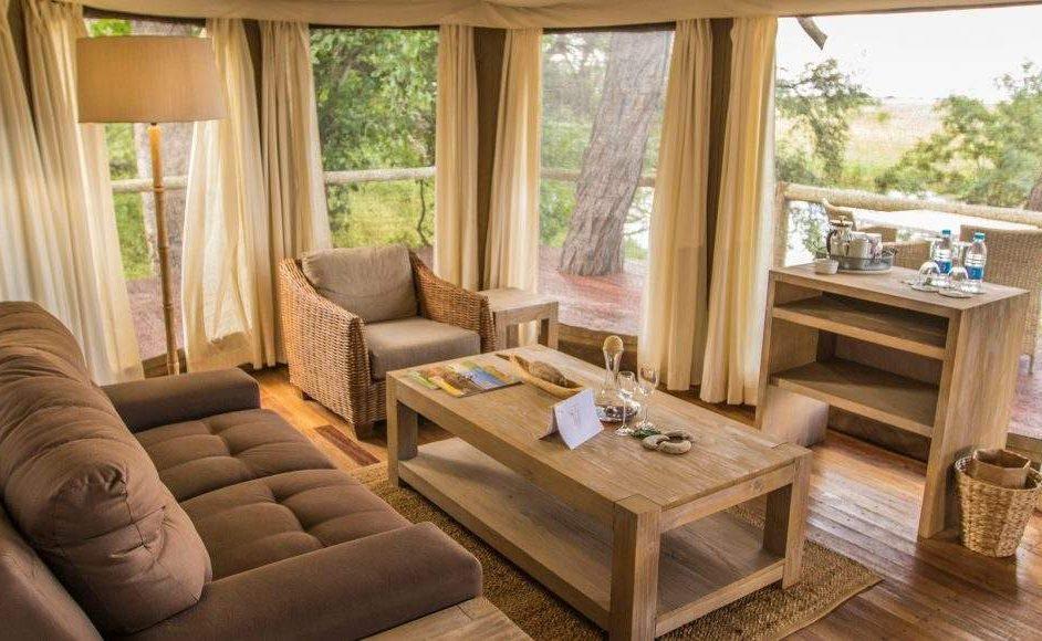 Wohnbereich einer Suite von Nambwa