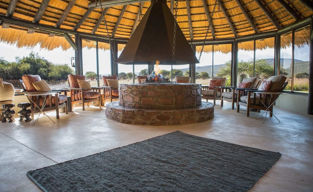 Lounge im Bush Camp von Okonjima