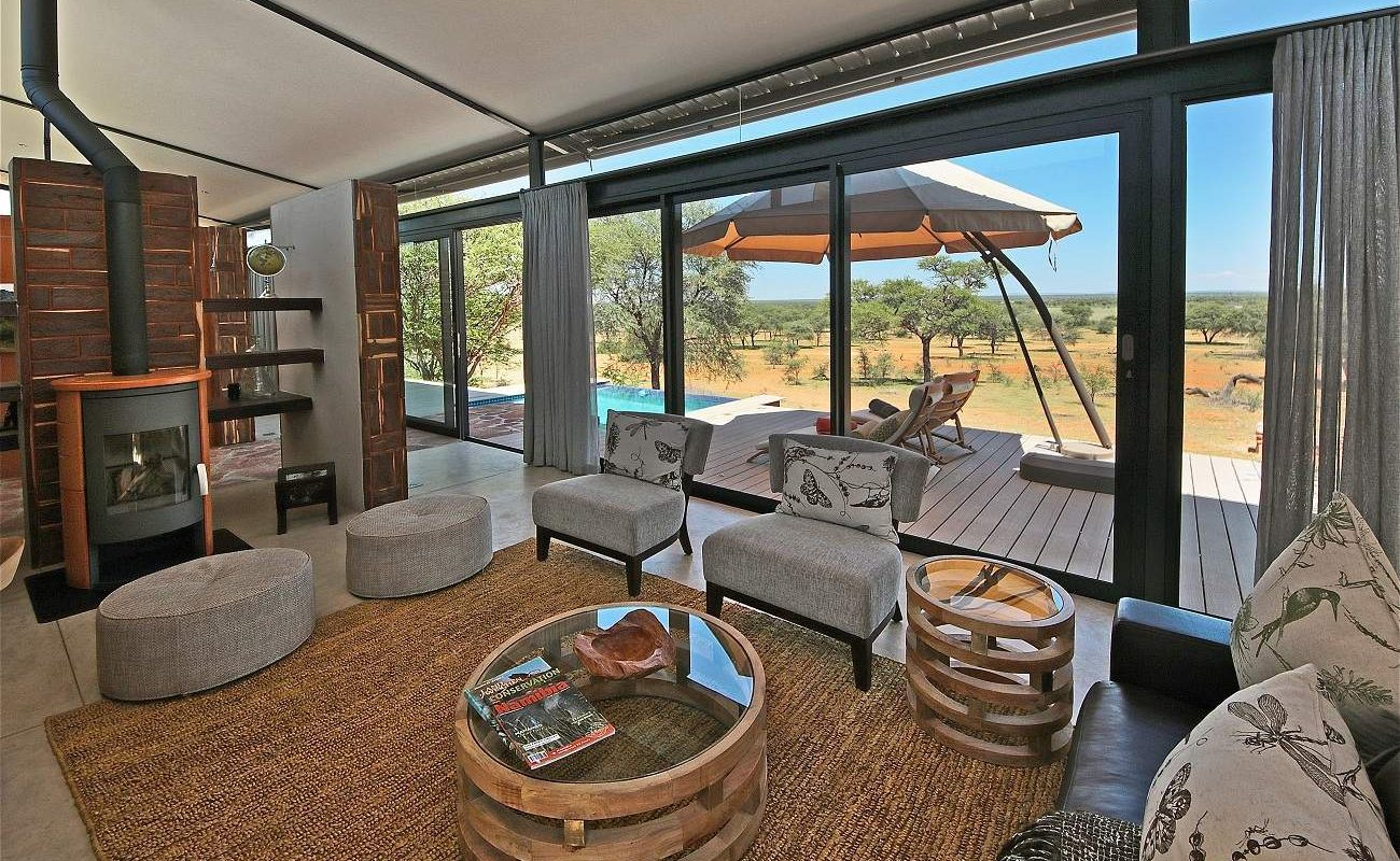 Lounge der Villa Warthog