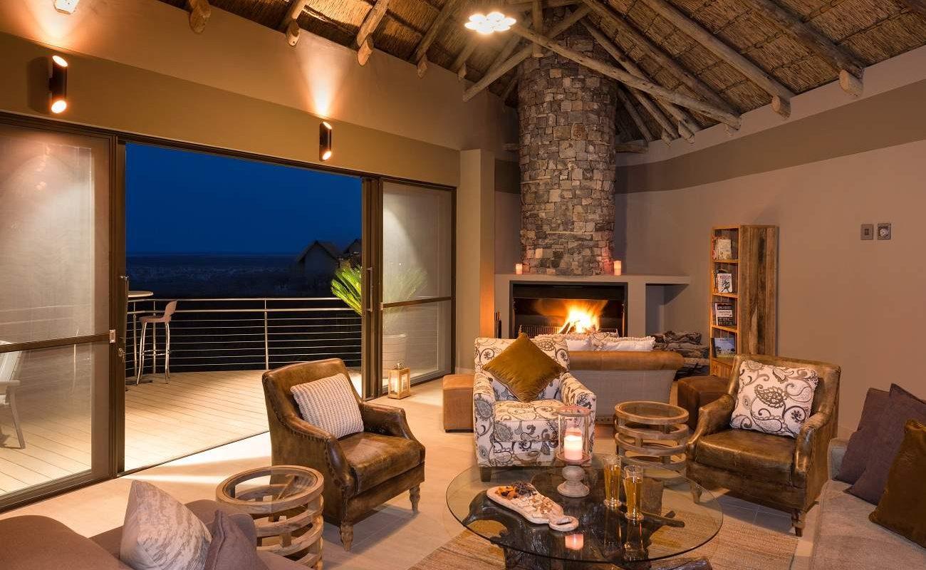Lounge im Haupthaus von Safarihoek