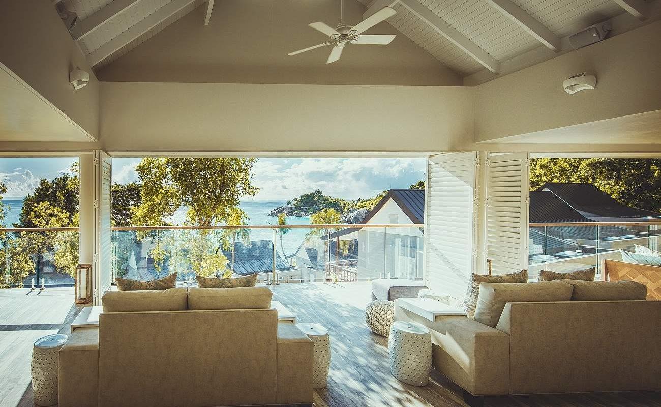 Die Rezeption des luxuriösen Boutiquehotels auf den Seychellen