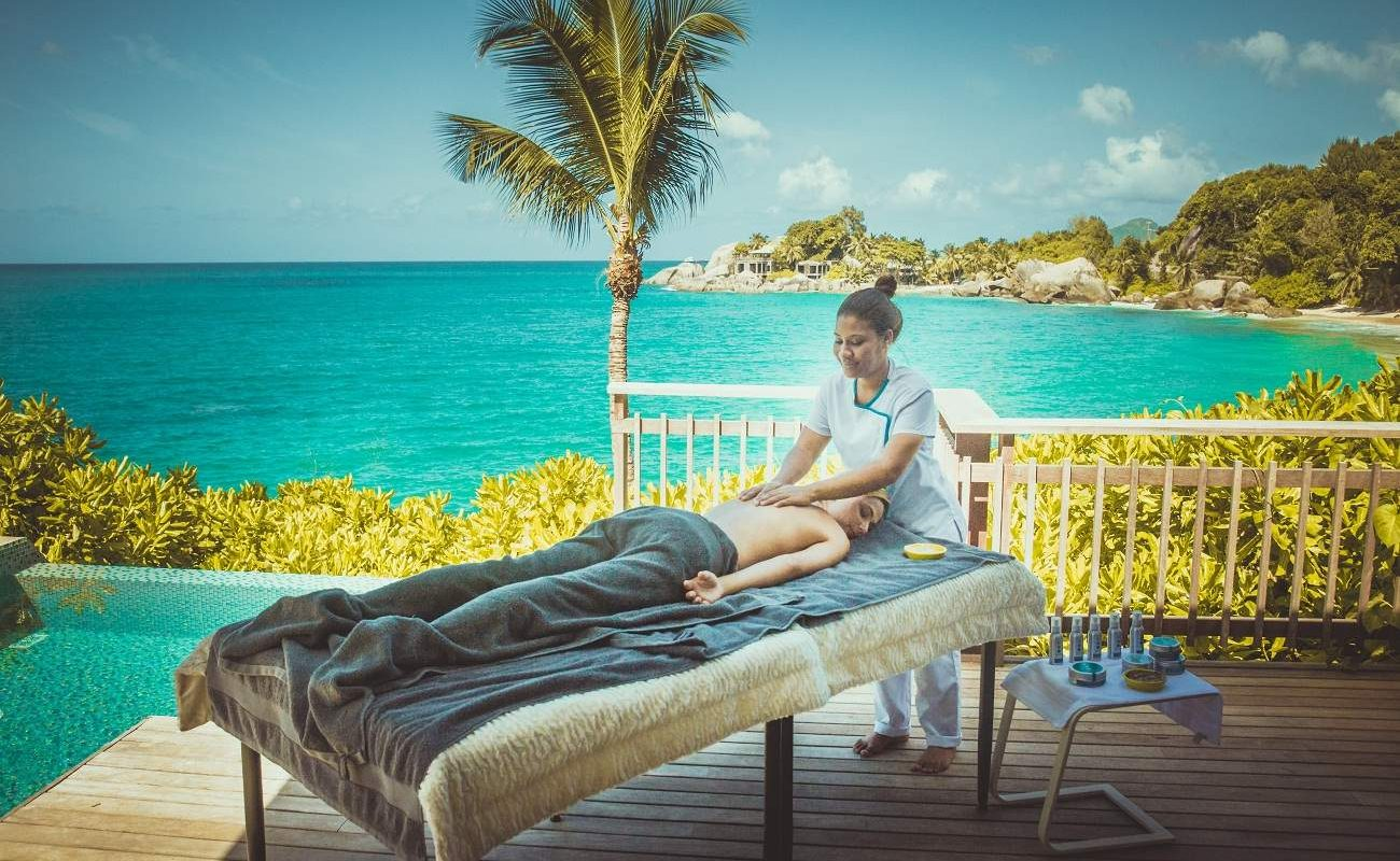 Massage im Carana Beach auf Mahé