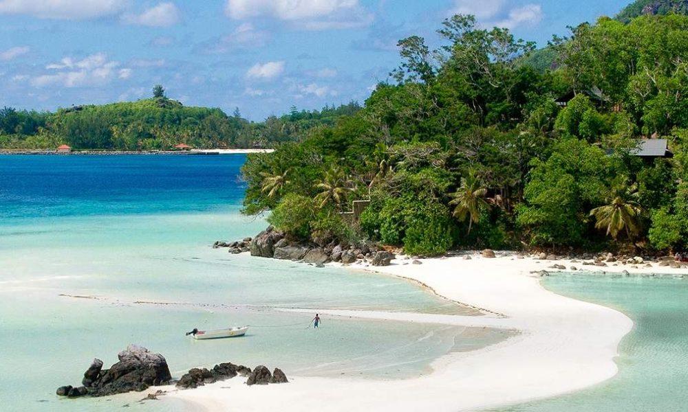 Buchen Sie Enchanted Island mit Ihrem Seychellen Spezialisten Genuss Touren