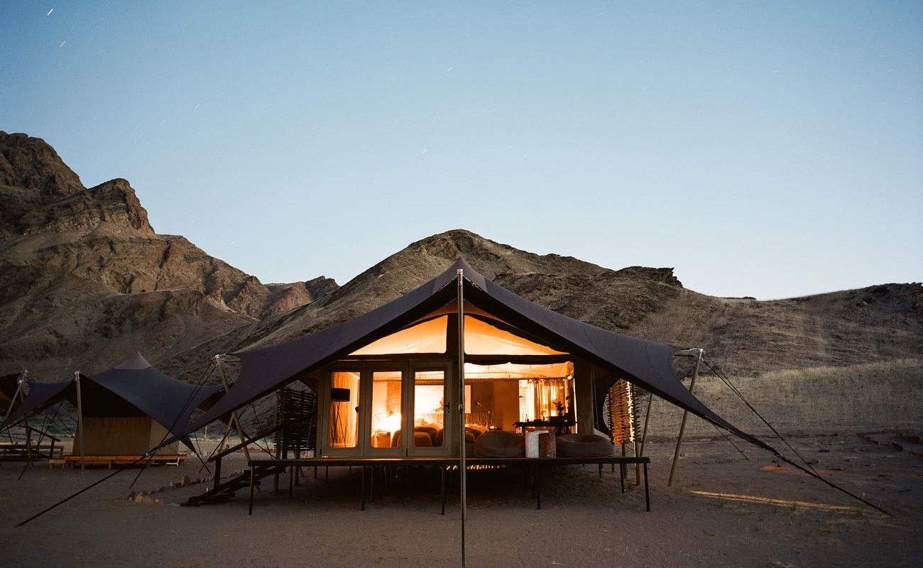 Zelt von Hoanib Valley bei Nacht