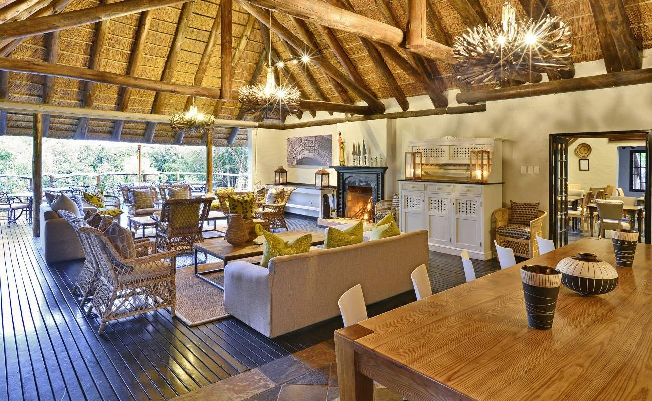 Lounge der Shamwari Villa Lobengula