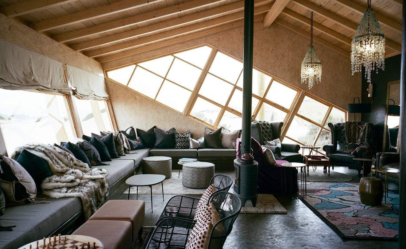 Lounge der Shipwreck Lodge