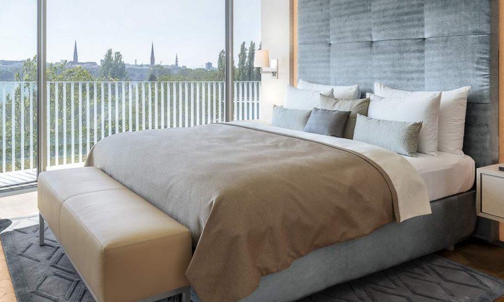 Lakeside Luxury im The Fontenay Hamburg