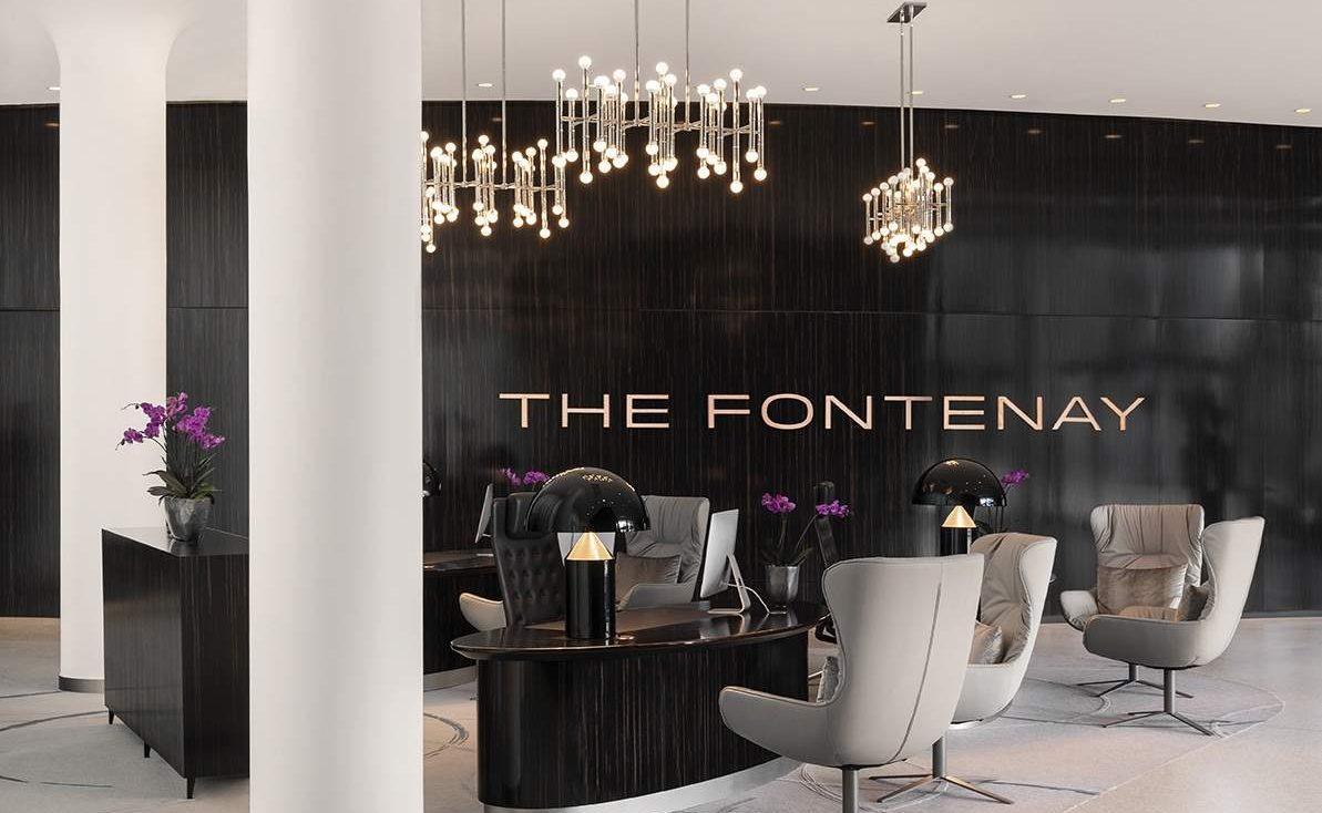 Lobby des Luxushotels in Hamburg